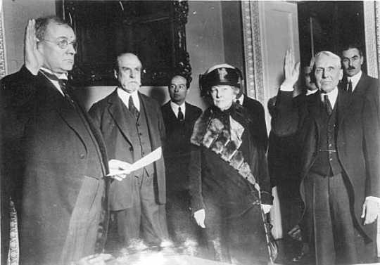Frank B. Kellogg being sworn in as Secretary of State, Washington, D.C.