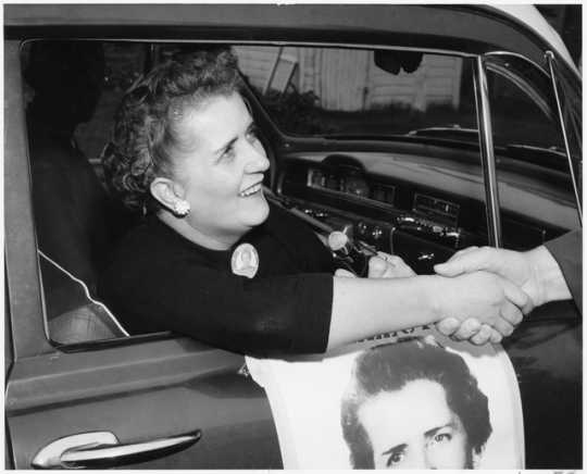 Photograph of Coya Knutson campaigning