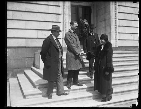 Myrtle Cain greets fellow legislators