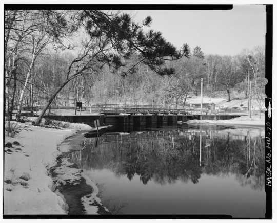Upstream view of Gull Lake Dam