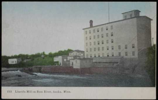 Pillsbury Lincoln Mill on the Rum River in Anoka, Minnesota