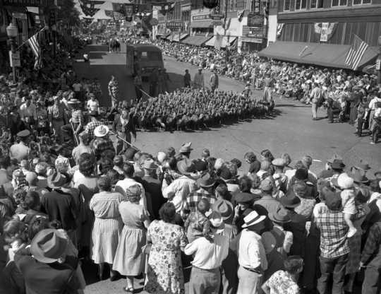 Black and white photograph of Gateway Days in Worthington, Minnesota and a turkey parade, 1952. Photograph by Minneapolis Star and Tribune Company.