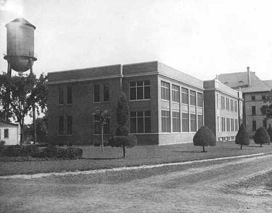 Buildings of the Anoka State Hospital, ca. 1910.