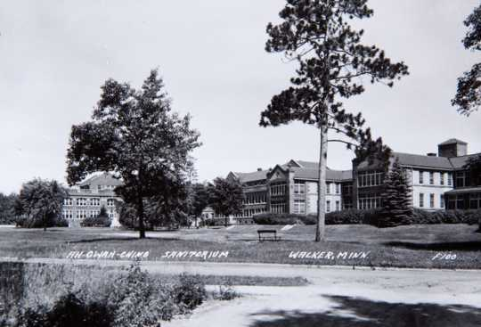 Black and white photograph of Ah-Gwah-Ching, the state sanatorium for consumptives, c.1950. Clarence Johnston designed buildings for this institution between 1905 and 1931.