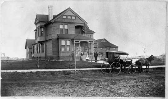 Comstock House