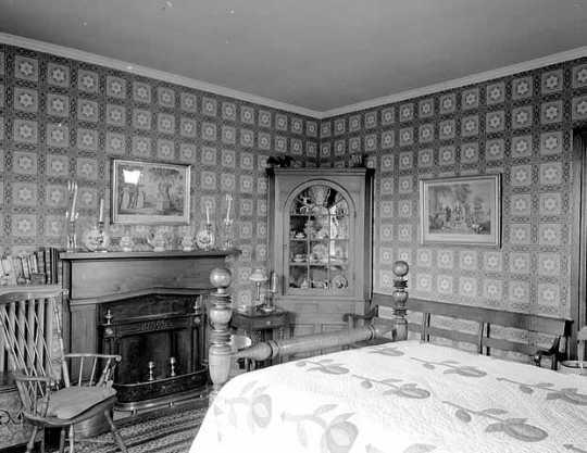 Bedroom inside LeDuc Historic Estate