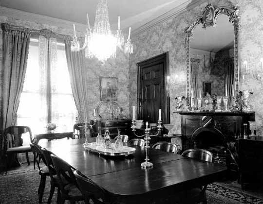 LeDuc Historic Estate dining room