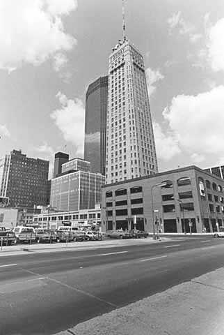 Black and white photograph of Foshay Tower and IDS Center, Minneapolis, 1975.