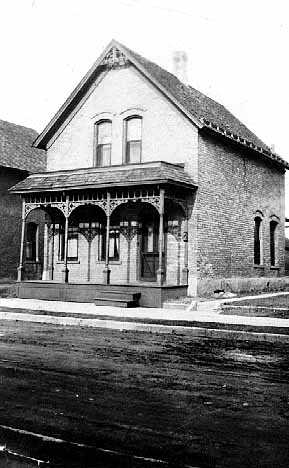 Black and white photograph of 2107 S Milwaukee Avenue, c.1910.