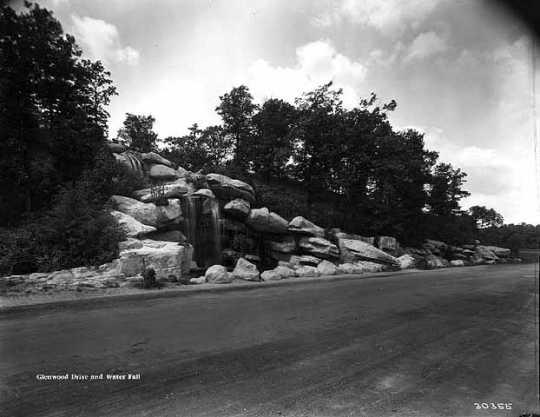Black and white photograph of Loring Cascade, 1920.