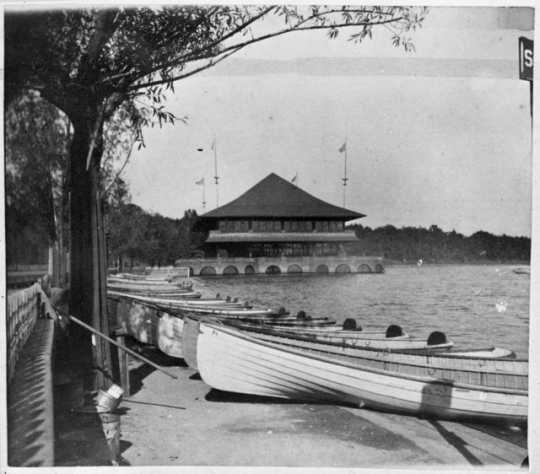Lake Harriet pavilion