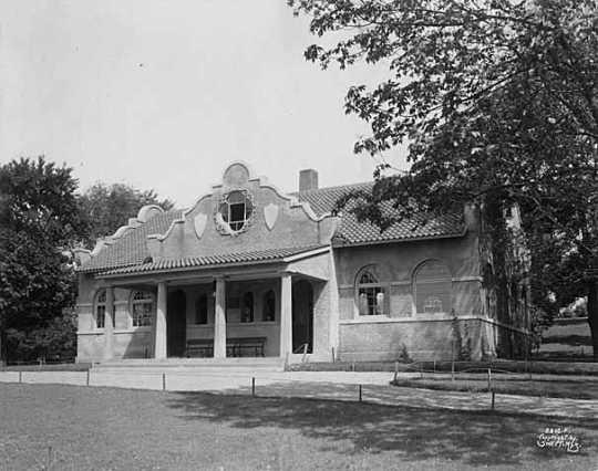 Black and white photograph of Loring Park pavilion, Minneapolis.