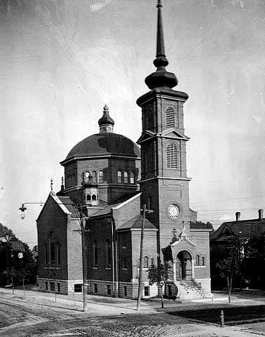Black and white photograph of St. Mary's Orthodox Cathedral, Minneapolis, 1905.