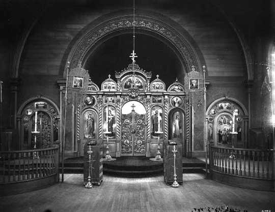 Black and white photograph of the interior of the sanctuary in St. Mary's Orthodox Cathedral, c.1910.