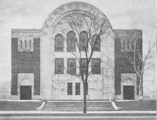 Black and white photograph of Beth El Synagogue at Penn and Fourteenth Avenue North in Minneapolis, 1938.