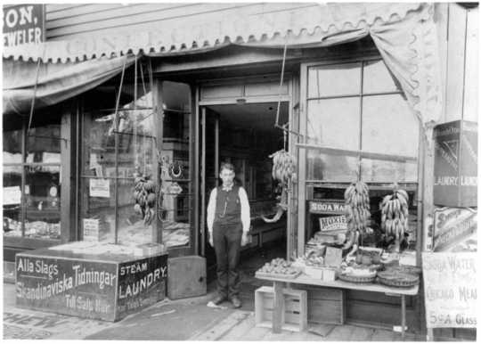 Samuelson's Confectionery