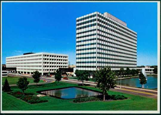 3M headquarters in Maplewood, ca. 1960. Early in the 1960s, 3M moved their headquarters from St. Paul to nearby Maplewood, where they remain today.