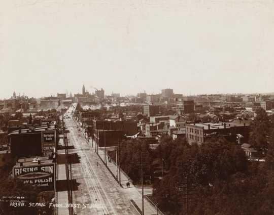 Black and white photograph looking north along Wabasha, the Flats, 1904.
