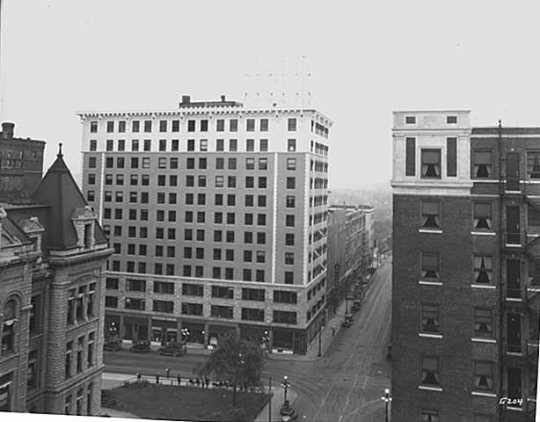 Black and white photograph of the Commerce Building, 1927.