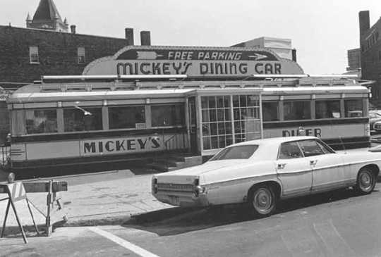Photograph of Mickey's Diner taken on July 16, 1975 by Steve Plattner.