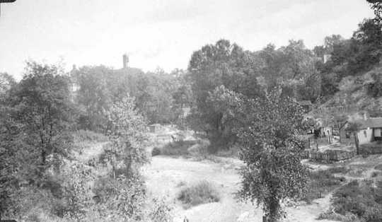 Black and white photograph of Swede Hollow, c.1927.