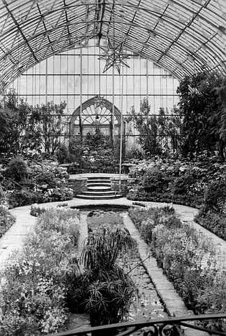 Black and white photograph of the Sunken Garden interior, 1940.