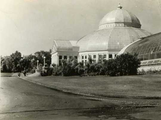 Black and white photograph of the conservatory exterior, 1928.