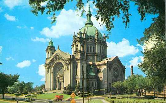 Color postcard of the fourth Cathedral of St. Paul, c.1956.