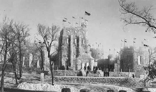 Black and white photograph of the 1940 Winter Carnival Ice Palace at Como Park.