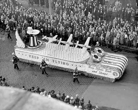 Black and white photograph of a Great Northern Railway float, at the St. Paul Winter Carnival, 1942.