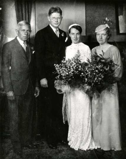 Monahan‒Ritchie wedding photo