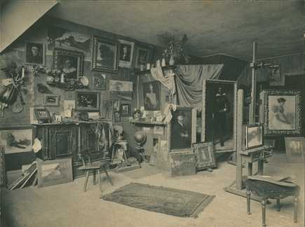 Black and white photograph of the studio of artist Robert Koehler in Minneapolis, c.1900.