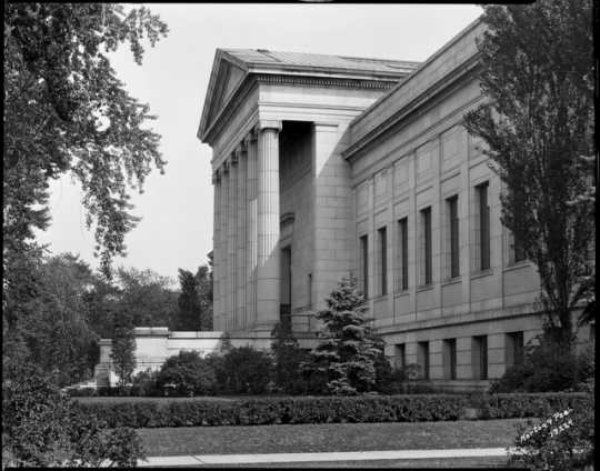 Original entrance of the Minneapolis Institute of Arts