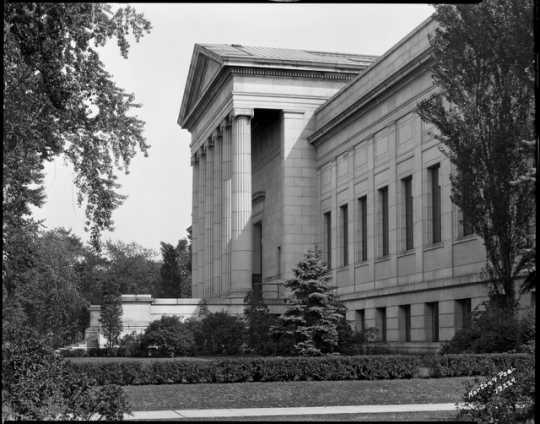 Original entrance of the Minneapolis Institute of Arts