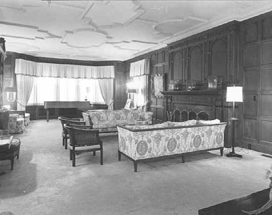 Drawing room, governor's residence