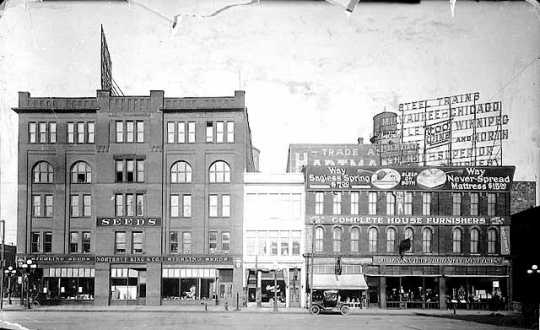 Northrup, King and Company offices on Hennepin Avenue