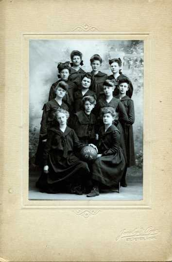 Black and white photograph of the women's basketball team, 1904.