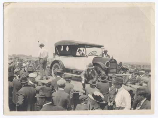 Pan Motor Company barbeque, St. Cloud, July 4, 1917