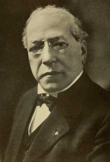 Black and white photograph of Samuel Gompers, c.1918.