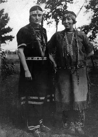 Minnesota's first two American Indian nurses
