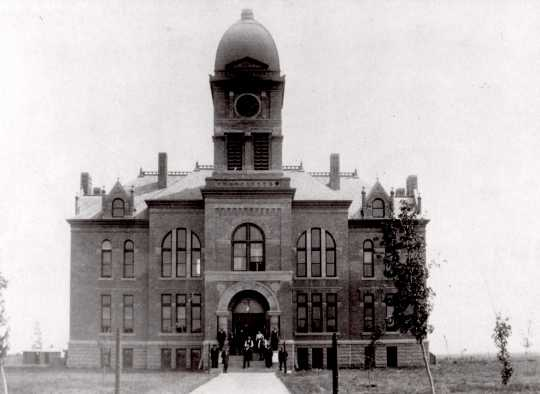 Black and white photograph of the Murray County Courthouse in Slayton, ca. 1892.