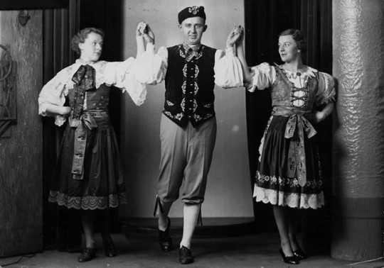 Sibrinky dancers of the St. Paul Sokol Society