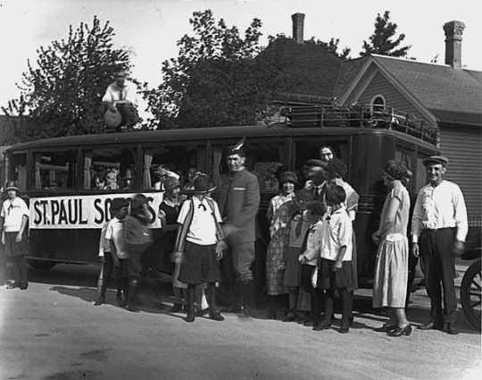 St. Paul Sokols prepare for bus trip