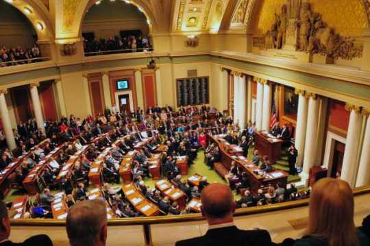 Governor Mark Dayton delivering an address to state legislators