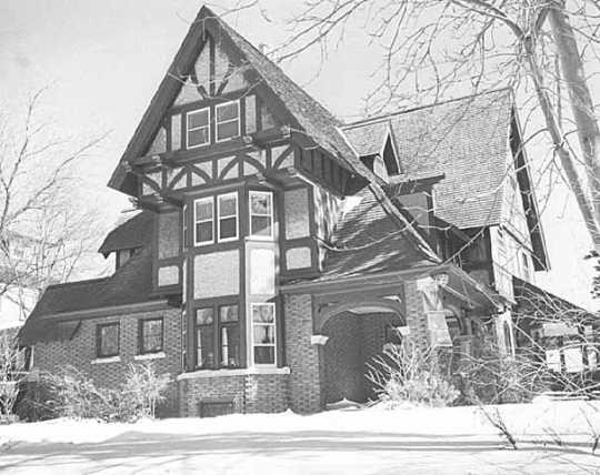 Residence of Duluth architect Issac Vernon Hill at 2220 East Superior Street, Duluth.