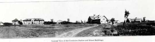 Black and white photograph of the Northwest Experiment Station and Northwest School of Agriculture grounds and buildings,1910.