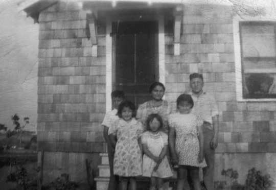 Picture of the Wabasha Family, circa 1938
