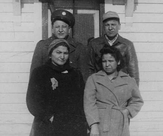 Picture of Wabasha's sister, brothers, and mother