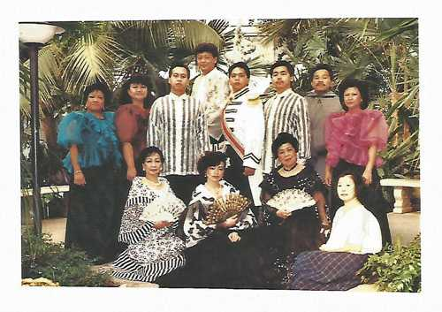 The cast of Ngalan Mo'y Pilipino (Your Name is Filipino), an original musical play presenting the forces and points of view that shaped Philippine history. Photograph by Ernesto Venegas and Luis Siojo, 1989. Used with the permission of Ernesto Venegas and Luis Siojo.