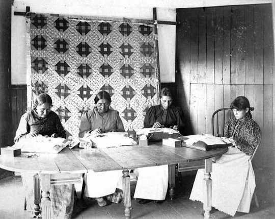 Photograph of four lace makers at the Redwood Mission in Morton, Minnesota